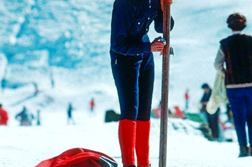 Ski Sevice - Verbier ski rental - red socks competition
